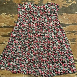 Feathers floral print strapless dress size medium